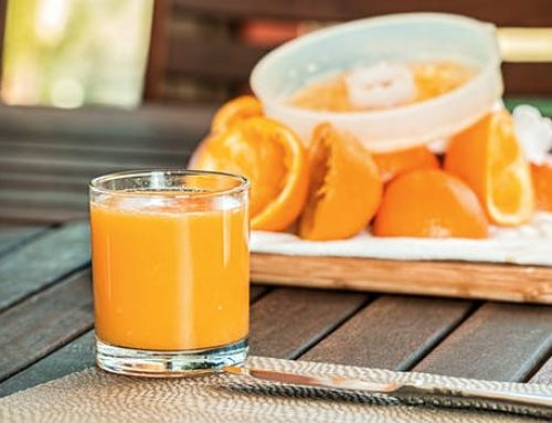 ¿Por qué el zumo de naranja no es tan sano como parece? Sobre azúcares libres y demás